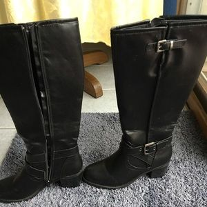 Apt 9 boots